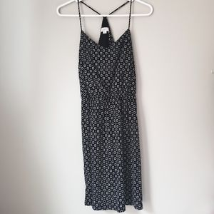 LOFT Dresses - Loft XS black/white patterned sun dress